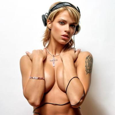 DJ NIKI BELUCCI