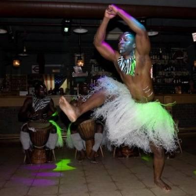 Карнавальное барабанное этническое танцевальное шоу