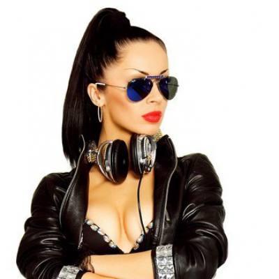 Концертное агенство Империя звезд - DJ Siluyanova / DJ Силуянова