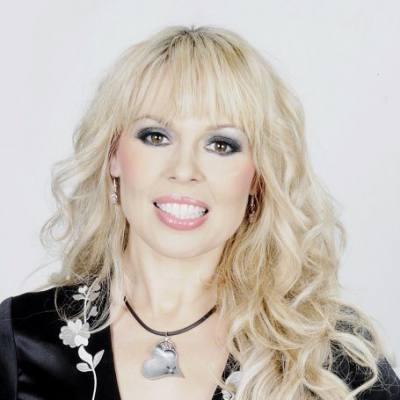 Концертное агентство Империя Звезд - MICHAELA DE LA COUR / МИКАЭЛА ДЕ ЛА КУР